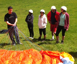 Paraglider demonstration and introduction to the equipment